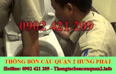 Cách xử lý bồn cầu toilet dội nước không xuống gọi 0902421209